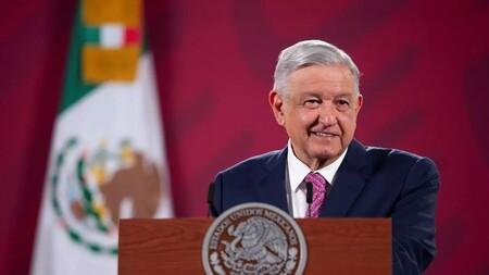 Andrés Manuel López Obrador, presidente de México, confirma que ha dado positivo a COVID-19