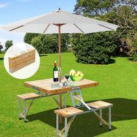 Super Weekend eBay: mesa de camping plegable de madera con cuatro asientos por 47,99 euros