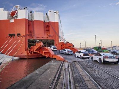 BMW se marca el objetivo de 100.000 coches eléctricos vendidos en 2017