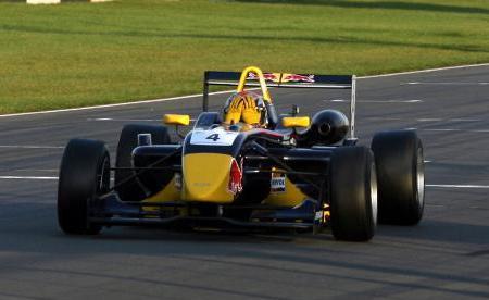 Jaime Alguersuari emula a Ayrton Senna