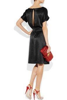 vestido miu miu negro