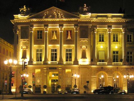 Los talentos de Karl Lagerfeld al servicio de las obras de renovación del Hotel Crillon de París