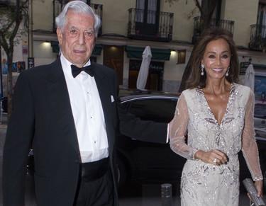 Isabel Preysler, más bronceada que nunca, vuelve a confiar en Promovias para brillar en Madrid