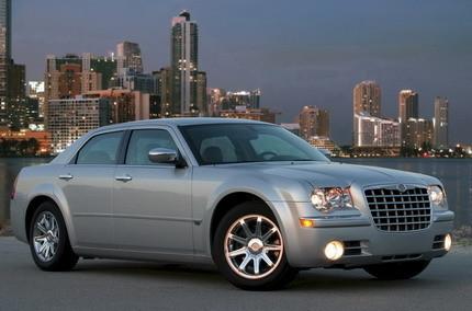 Chrysler 300C 2008, pequeños cambios