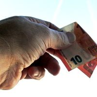 ¡Atención, contribuyente! Si el año pasado realizaste una donación, puede que tengas que declararla en el IRPF