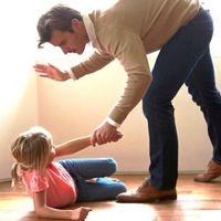 Los azotes no funcionan y son perjudiciales para los niños, concluyen tras 50 años de investigación