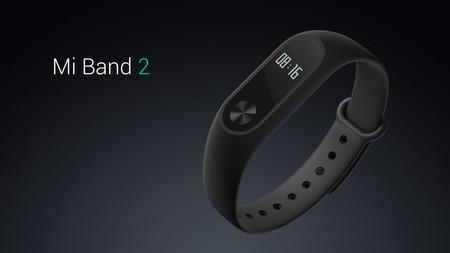 Xiaomi Mi Band 2, con pulsómetro y resistencia al agua, por sólo 16 euros con este cupón