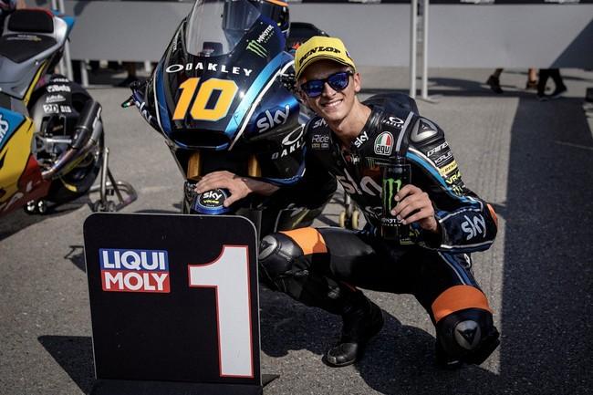 Luca Marini se estrena como poleman en una poco emocionante QP de Moto2 en Brno