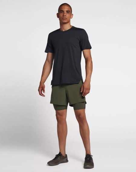 Pantalon Corto De Entrenamiento Y Camiseta