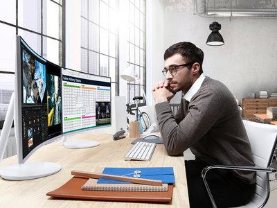 Samsung quiere que los paneles curvos y la tecnología Quantum Dot esté en los monitores de nuestro PC