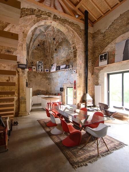 Iglesia reconvertida en vivienda
