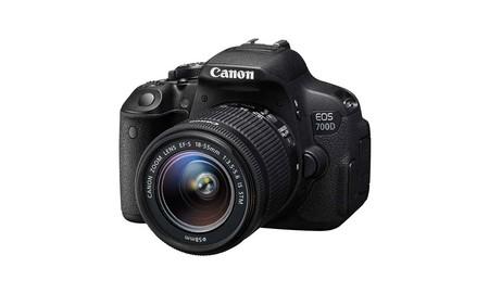 Llevate una gran cámara de inicio como la EOS 700D de Canon con el 18-55 mm por sólo 485 euros en PCComponentes