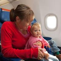 Japan Airlines señala qué asientos están ocupados por niños para que los pasajeros puedan sentarse lejos: una medida polémica