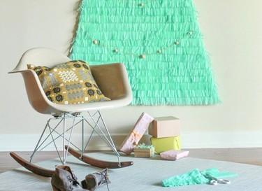 Una buena idea: un árbol de Navidad con papel de seda