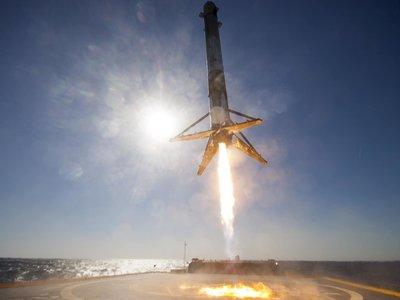 """""""Me costó tres días tenerlo funcionando"""": el autor de la espectacular demo del Falcon 9 en ARKit ni siquiera es desarrollador"""