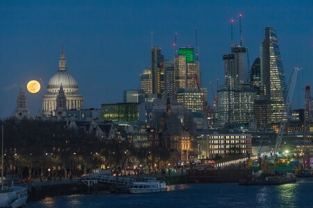 The Supermoon Over St Pauls London Uk