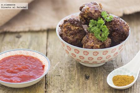 Albóndigas especiadas picantes : receta para un plato con sabores lejanos