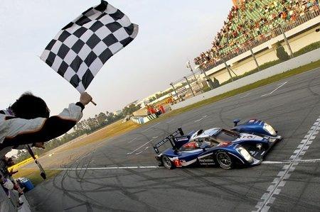 Peugeot vence en la última cita de la Intercontinental Le Mans Cup