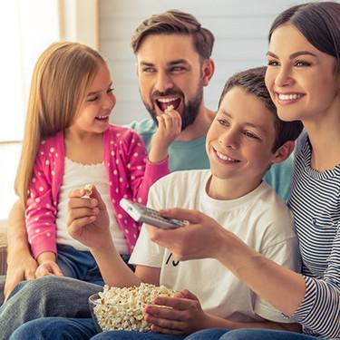 Movistar+ Lite es gratis para todos por un mes: series y películas para entretener a los niños en casa