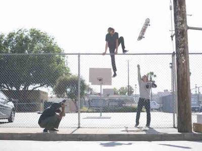 Ya no se te caerán más las gafas al hacer deporte, los Skaters han trabajado con Oakley para conseguirlo