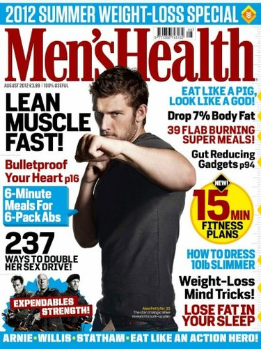 Alex Pettyfer te pega desde 'Men's Health UK'