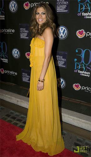 Eva Mendes, 30 días de moda y belleza