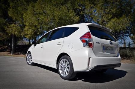 Te descubrimos el interior del Toyota Prius+. Amplitud y comodidad para toda la familia