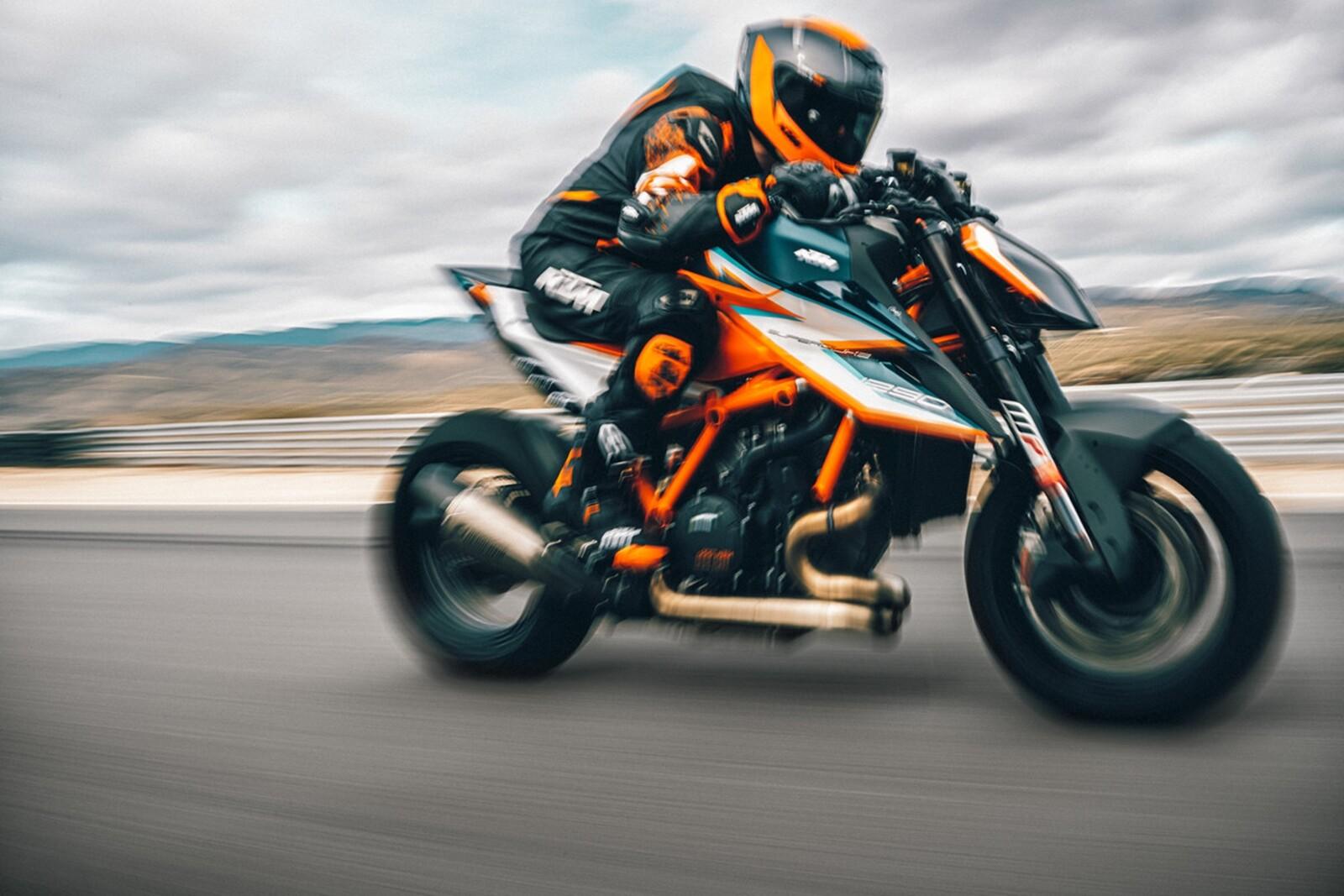 Foto de KTM 1290 Super Duke RR 2021 (7/13)