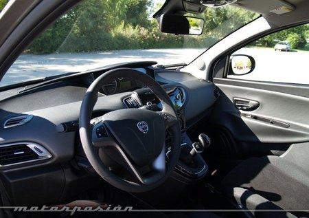 Lancia-Ypsilon-07