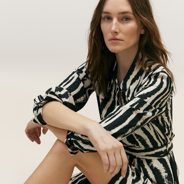 Vestidos, blusas, faldas,... 13 fichajes de Massimo Dutti con los que renovar nuestro armario con descuentos de hasta el 30%