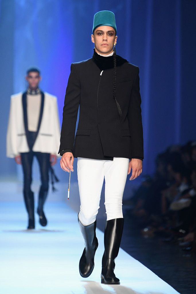Foto de Jean-Paul Gaultier Fall-Winter 2018 - Paris Haute (7/15)