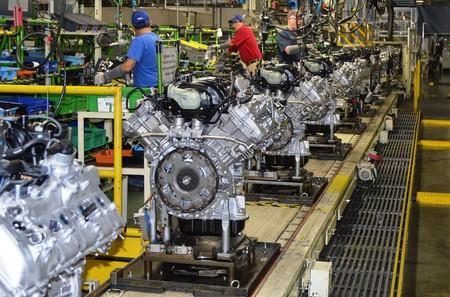 Toyota fabrica suficientes motores para ir de la Tierra al Sol cinco mil veces
