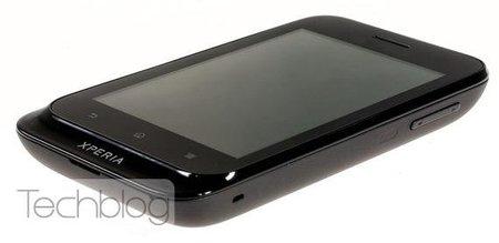 Sony Xperia ST21i Tapioca, gama baja y Android 4.0 ICS