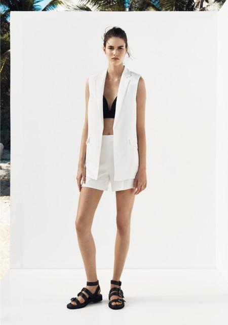 Mango lo apuesta todo al minimalismo en su catálogo para este verano 2015