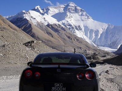 ¿Llevarías tu Nissan GT-R al Campo Base del Everest? Este tipo de Singapur ya lo ha hecho