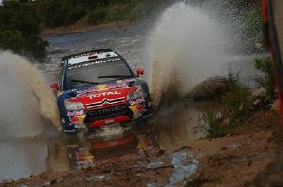 Sébastien Loeb vuelve a ganar pese al asedio de los Ford