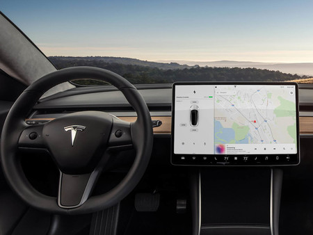 Tesla Model 3 pantalla apps en coches