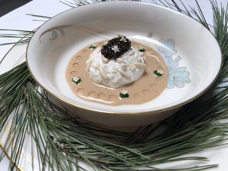 Foto 01 La Pinonada Con Caviar Un Plato Por El Que Merece La Pena El Viaje