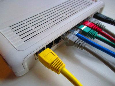 Por qué tu empresa debería invertir en un router propio