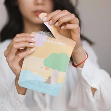 Nueve mascarillas coreanas con las que he mejorado mi piel y que son perfectas para usar en casa durante el confinamiento
