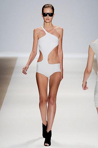 Foto de Tendencias ropa baño primavera-verano 2010 (14/15)