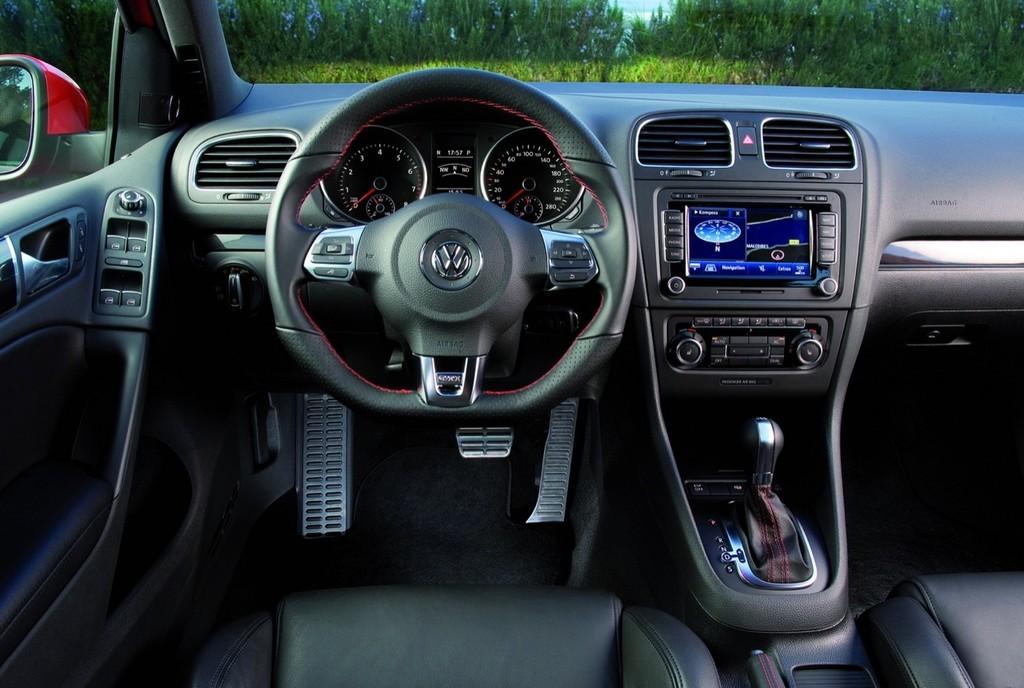 Foto de Volkswagen Golf GTi 2010 (26/38)