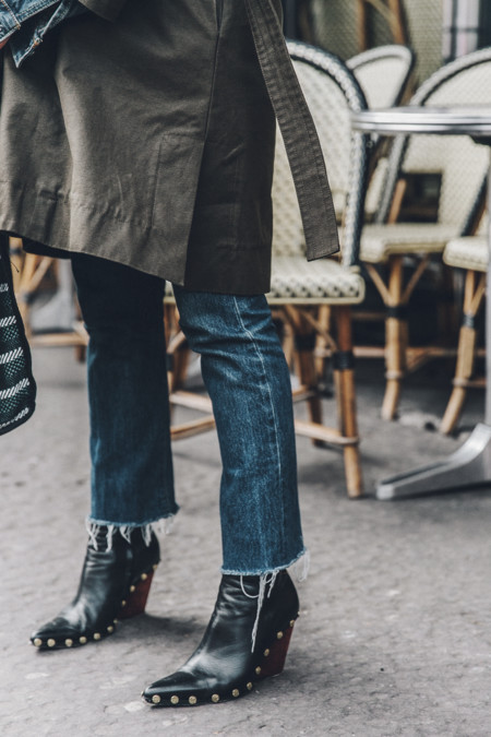Layers Denim Levis Parka Striiped Basket Outfit Celine Boots Street Style 19