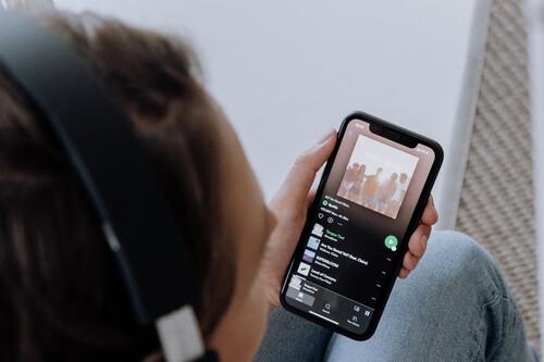 Los servicios de música en 'streaming', frente a frente: esto es lo que nos ofrecen después del órdago de Apple Music y Amazon Music