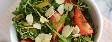Ensalada de fresas con espárragos. Receta