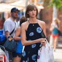 Los vestidos de verano de las famosas: ¿de fiesta o de calle?
