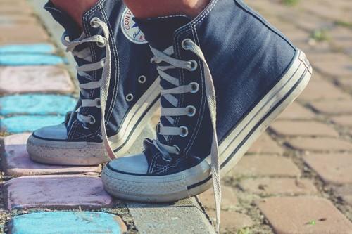 Las mejores ofertas en zapatillas hoy: Converse, Vans o Reebok más baratas