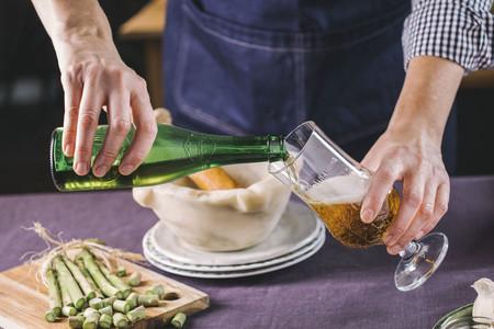 Cómo descubrir qué Cerveza Alhambra marida a la perfección con tu plato favorito a golpe de voz con Alexa y Google Home