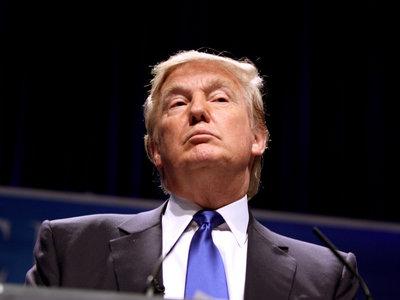 Trump no quiere despegarse de su Android de siempre, según New York Times