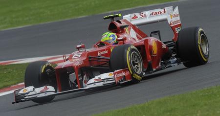 Felipe Massa revive y mete a Ferrari en la lucha por el Mundial de Constructores